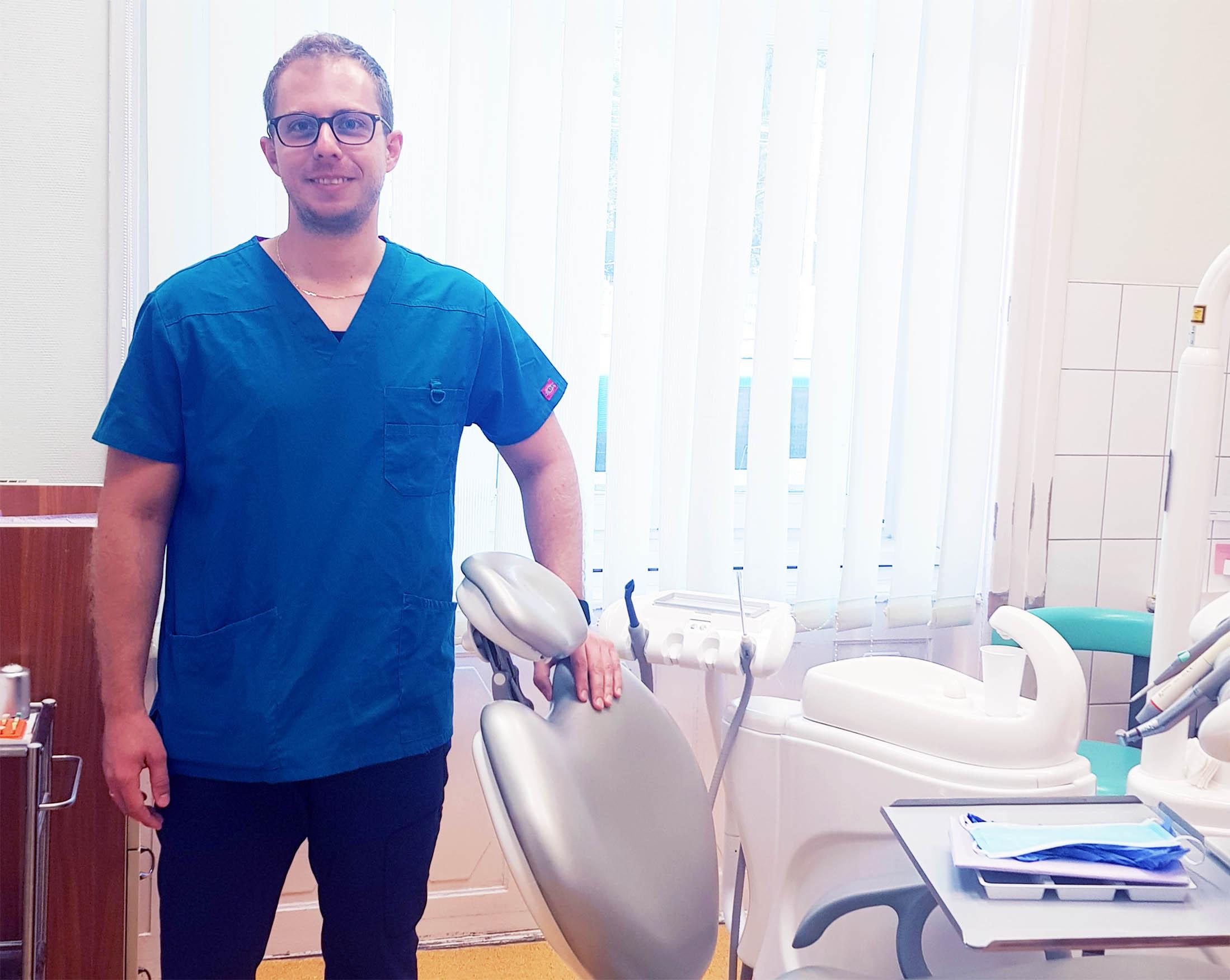 Dr. Ruzsa Ádám